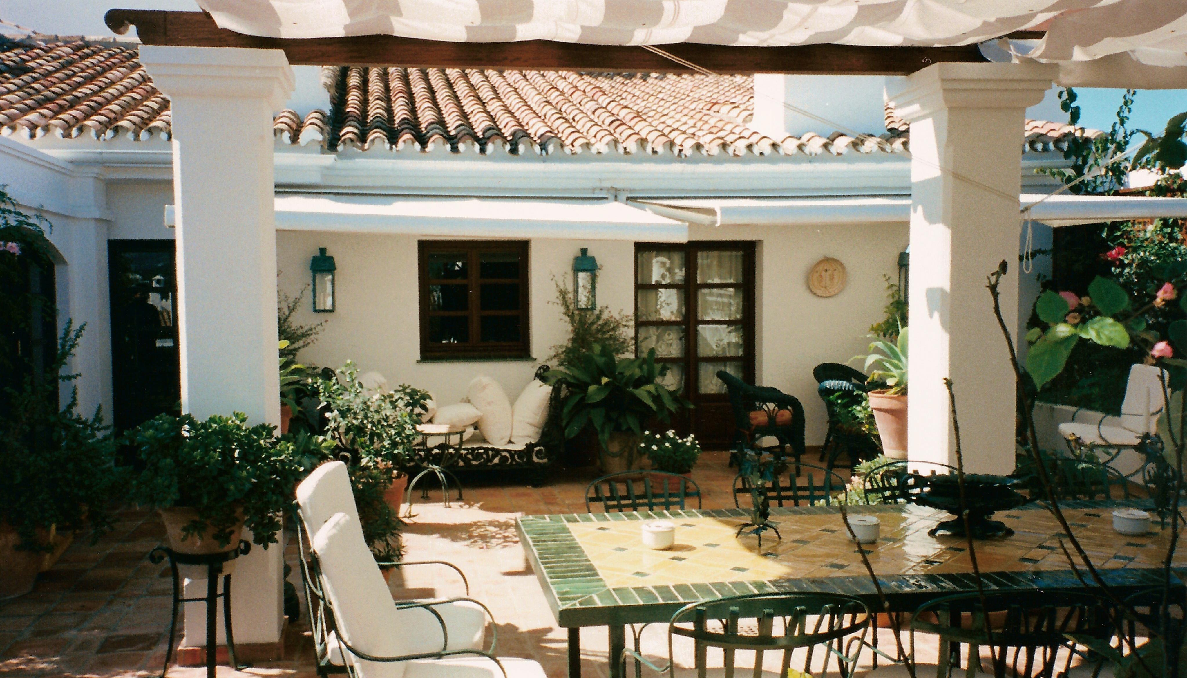 PUERTO BANÚS, MARBELLA (1997)